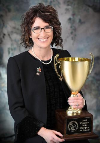 Markham-Gehl named Champion Auctioneer