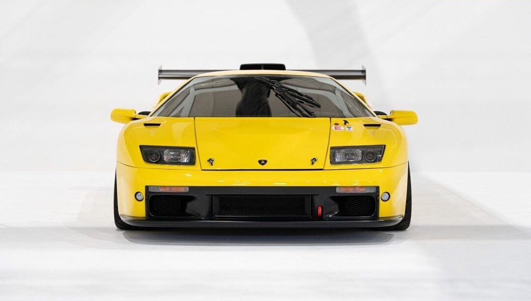 Two Very Rare Lamborghini Diablos Get Together and Are Up for Auction